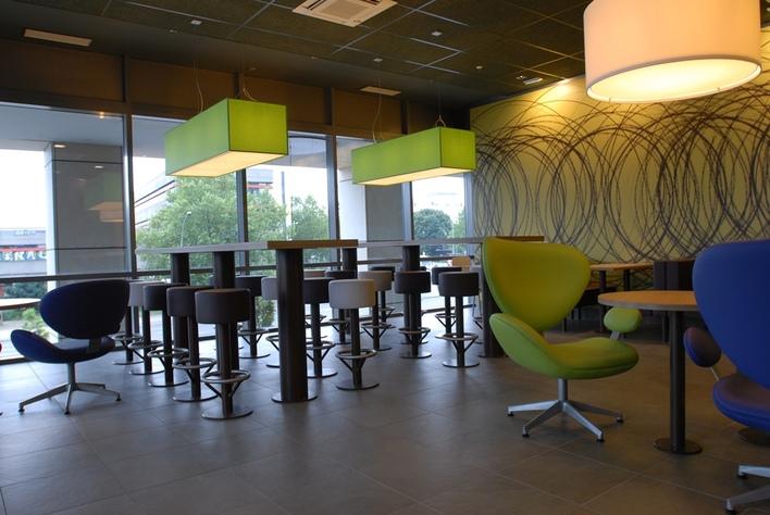Willkommen in einem der Restaurants von McDonald's Haubold in Berlin und Brandenburg.