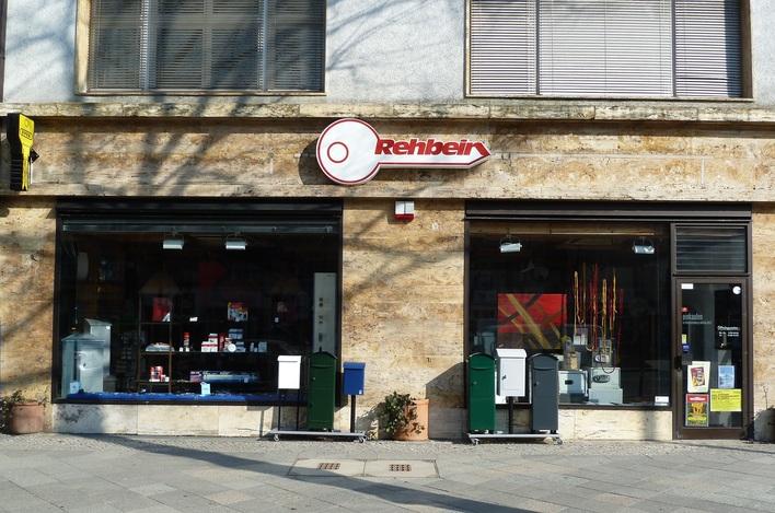 Das gesamte Rehbein-Team freut sich auf Ihren Besuch im Ladengeschäft in der Reichsstraße!
