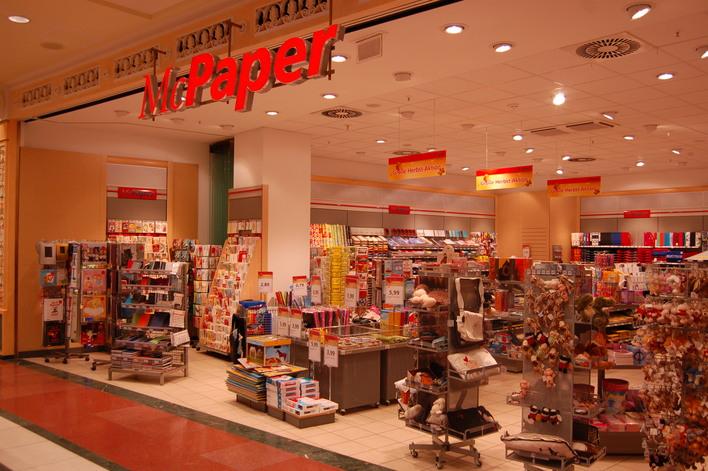 McPaper im Einkaufszentrum das Schloss