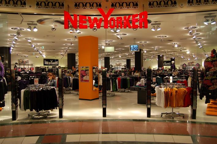 New Yorker im Einkaufszentrum das Schloss