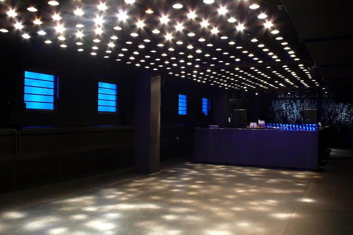 weekend 15th floor club in berlin mitte kauperts