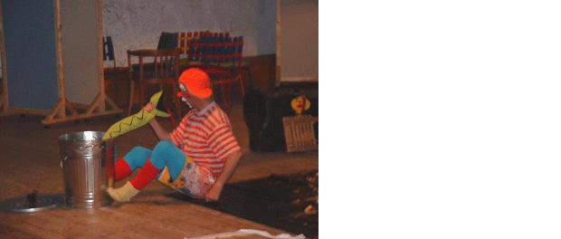Musik-Clown Luciano begeistert kleine und große Gäste