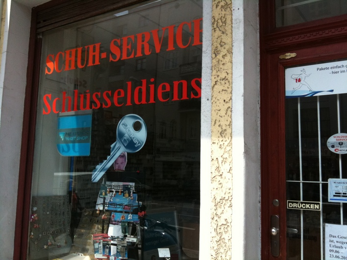 Eingang Schuh Service Spandauer Damm 54