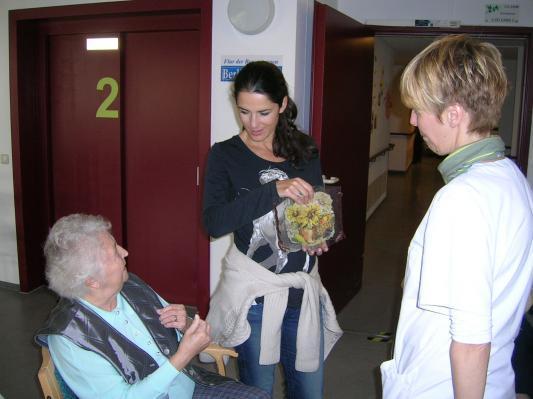 Mariella Ahrens engagiert sich beim Lebensherbst e.V.