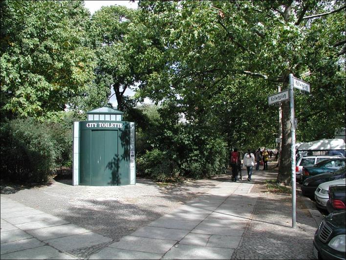City-Toilette am Kollwitzplatz