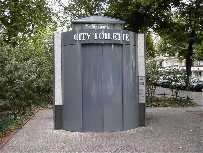 Citytoilette Savignyplatz