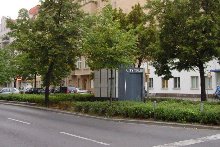 City-Toilette Schivelbeiner Straße
