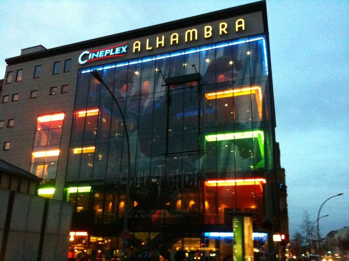 Das modernisierte Alhambra-Kino an der Weddinger Müllerstraße Ecke Seestraße