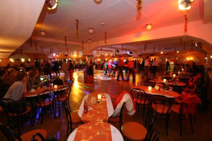 Tanzschule Traumtänzer im Flughafen Tempelhof