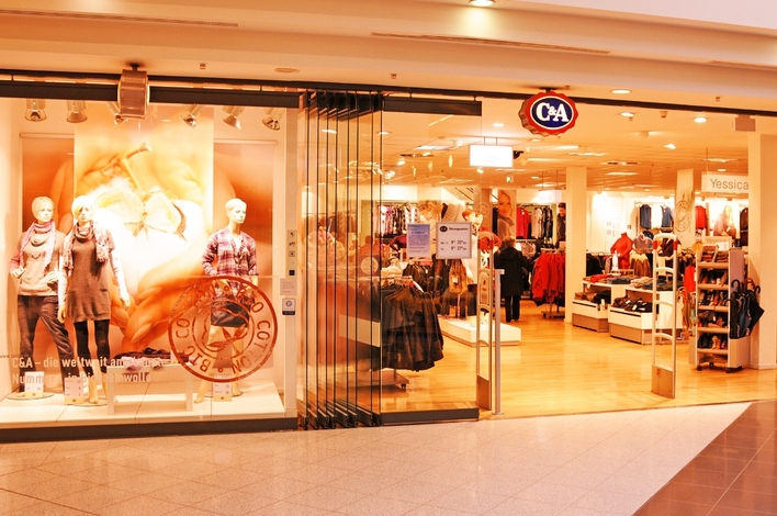 C&A in den Gropius Passagen