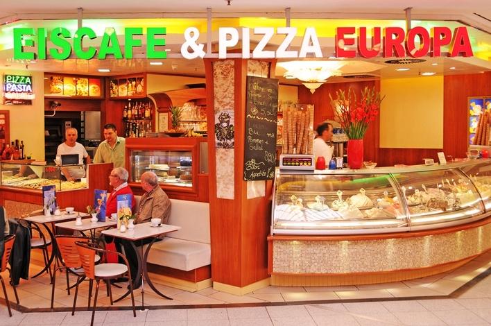 Eiscafé di Russillo in den Gropius Passagen