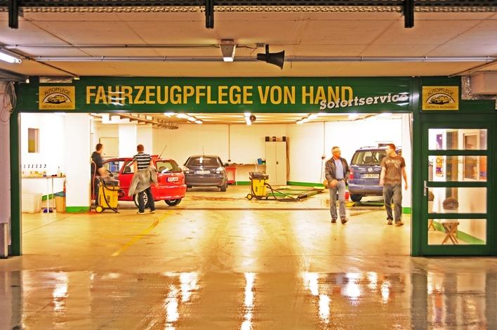 Autopflege Gropius Passagen