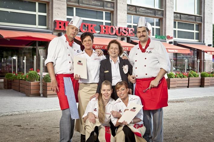 Das Team vom Block House Friedrichshain freut sich auf Ihren Besuch!