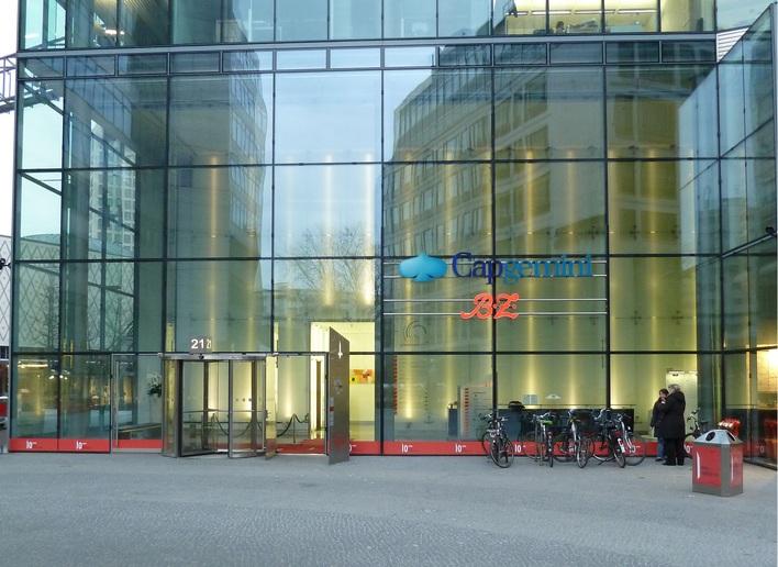 B.Z. - Berlins Größte Zeitung mit Sitz der Redaktion am Ku'damm