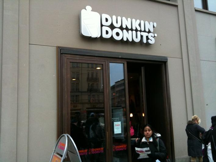 Dunkin' Donuts am Pariser Platz
