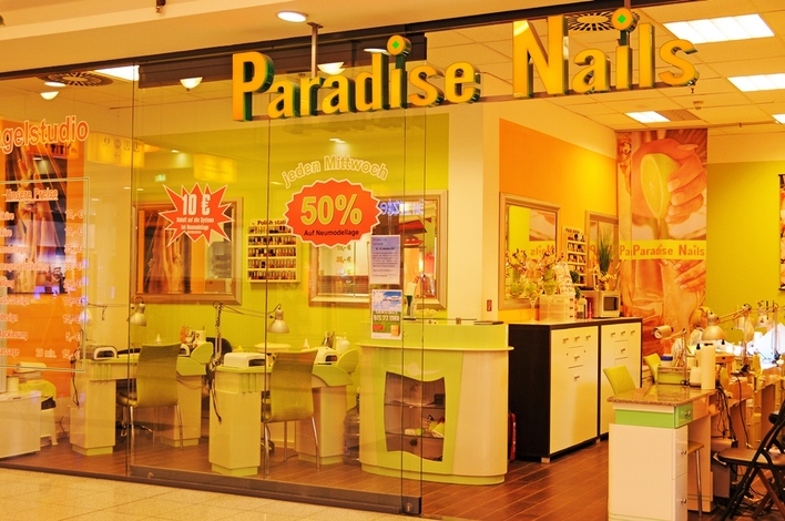 Paradise Nails in den Gropius Passagen