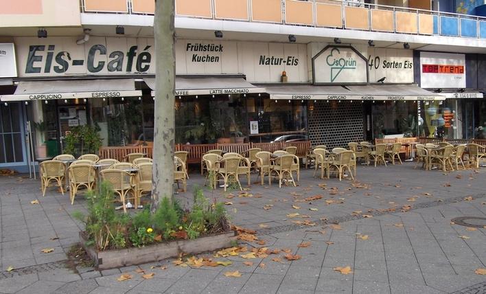 Eiscafé Eisgrün auf dem Kurfürstendamm