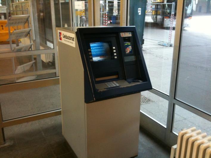 Geldautomat Berliner Volksbank eG - Selbstbedienungs-Standort ZOB (Zentraler Omnibusbahnhof)