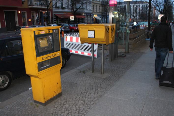 Briefkasten Prenzlauer Allee Ecke Marienburger Straße