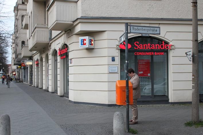 Santander Consumer Bank an der Schönhauser Allee