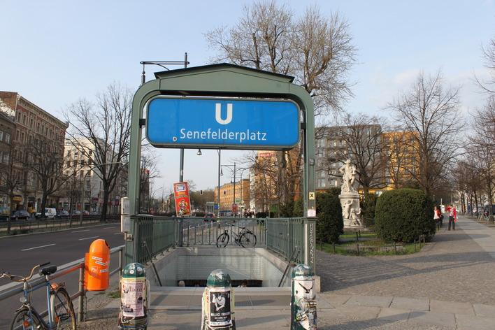 U-Bahnhof Senefelderplatz (U2)