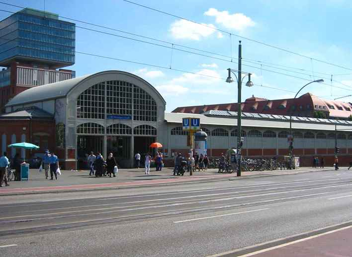 U-Bahnhof Warschauer Straße (U1)
