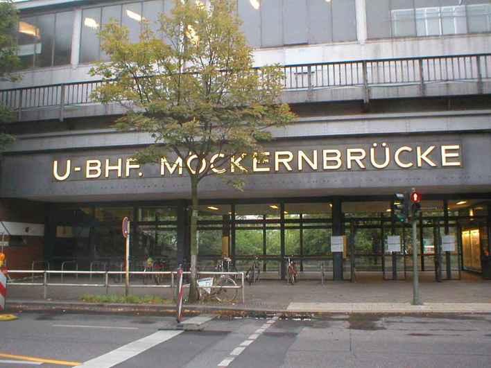 U-Bahnhof Möckernbrücke (U1 und U7)