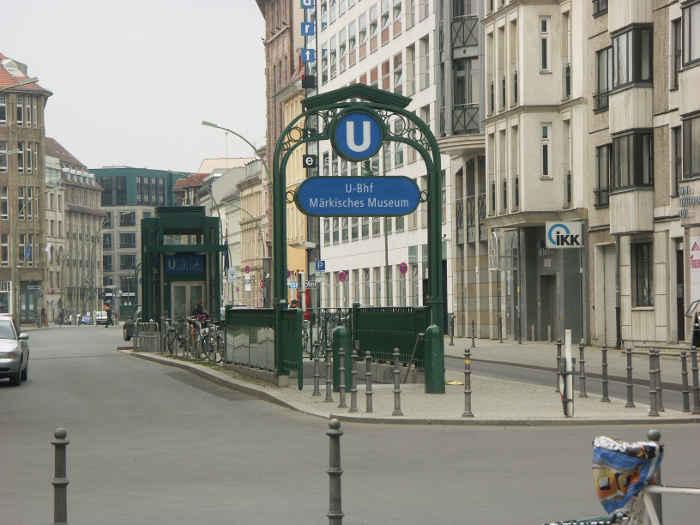 U-Bahnhof Märkisches Museum (U2)