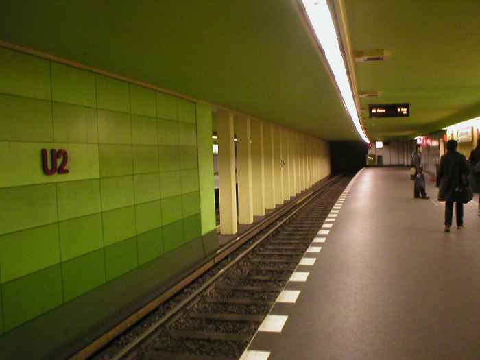 U-Bahnhof Bismarckstraße (U2, U7)