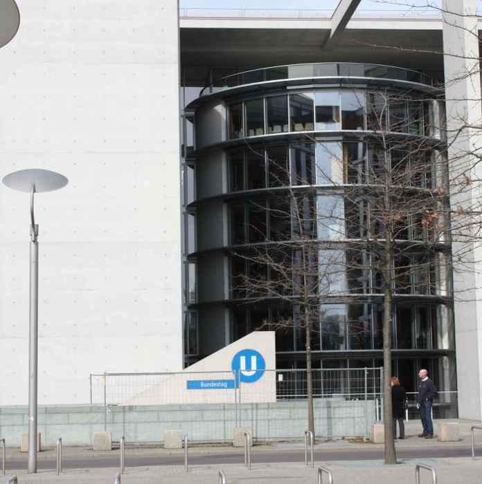 U-Bahnhof Bundestag (U55)