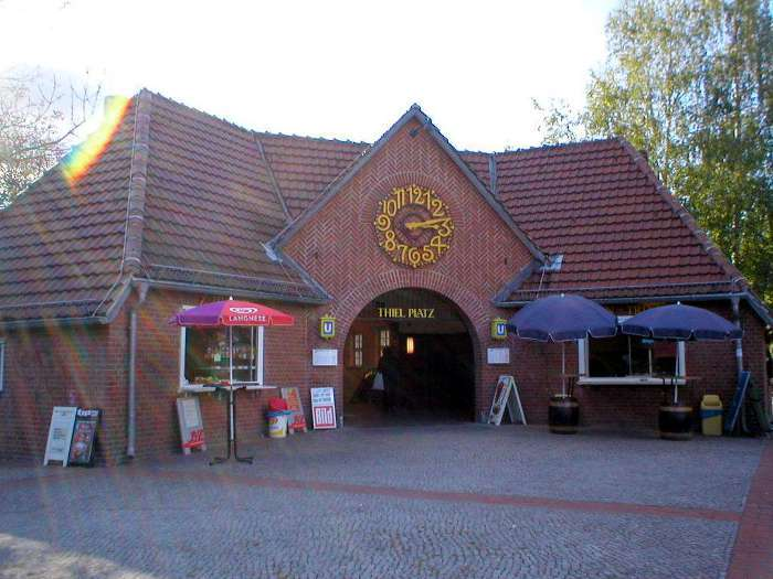 U-Bahnhof Thielplatz (U3)