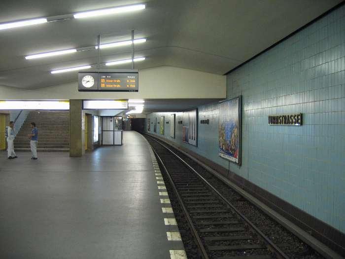 U-Bahnhof Turmstraße (U9)