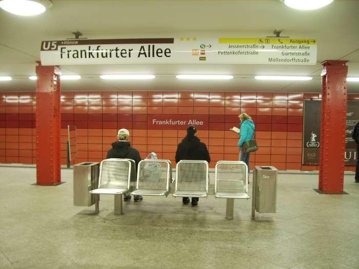 U-Bahnhof Frankfurter Allee (U5)