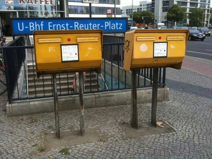 briefkasten ernst reuter platz 2 6 in berlin. Black Bedroom Furniture Sets. Home Design Ideas