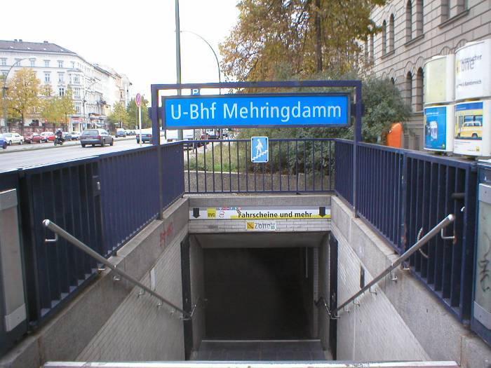 U-Bahnhof Mehringdamm (U6, U7)