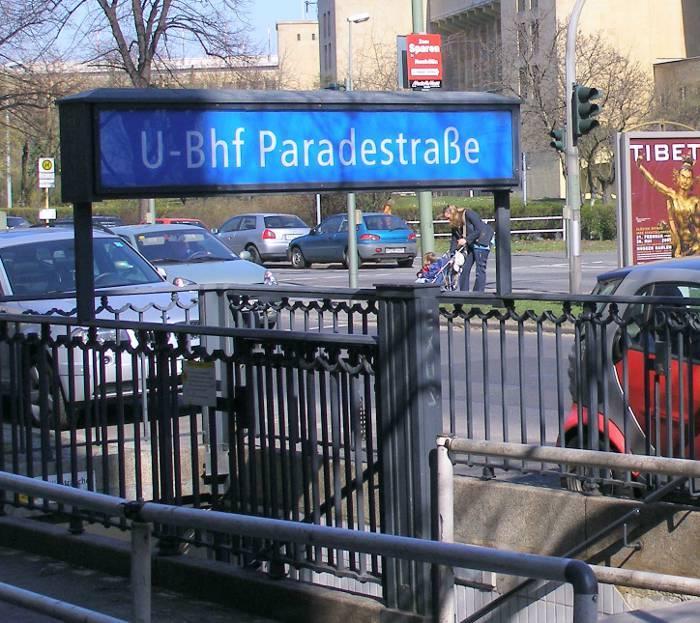 U-Bahnhof Paradestraße (U6)