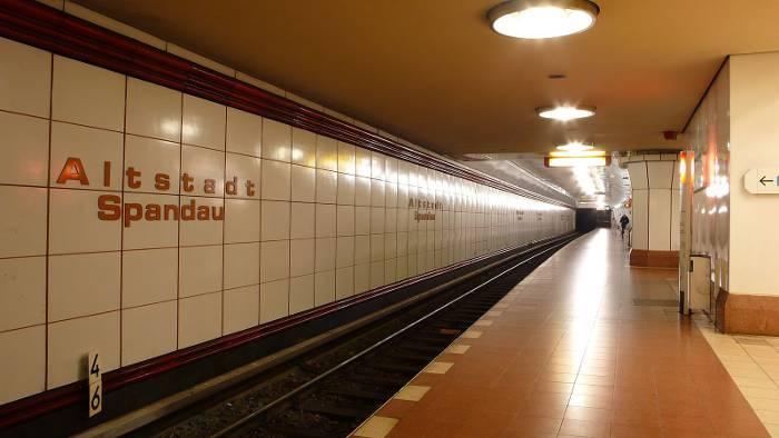 U-Bahnhof Altstadt Spandau (U7)