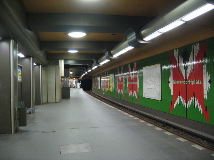 U-Bahnhof Mierendorffplatz (U7)