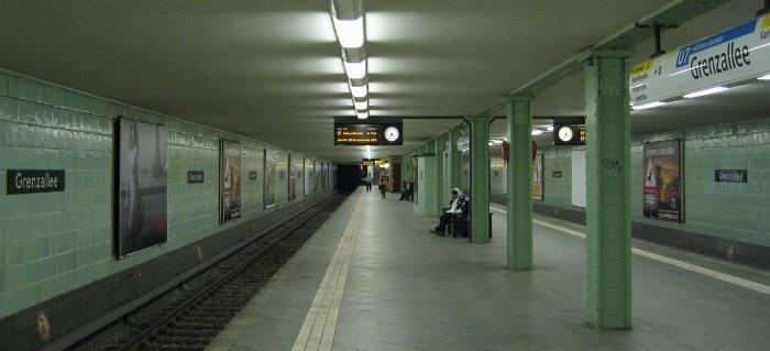 U-Bahnhof Grenzallee (U7)