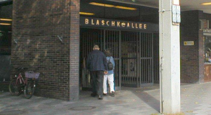 U-Bahnhof Blaschkoallee (U7)
