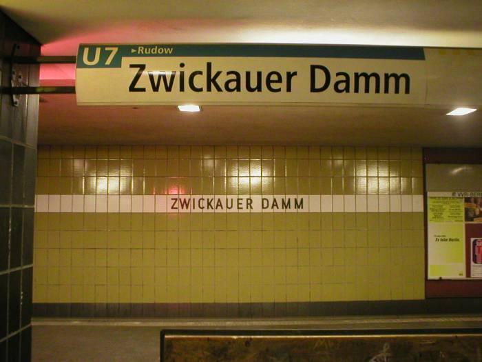 U-Bahnhof Zwickauer Damm (U7)