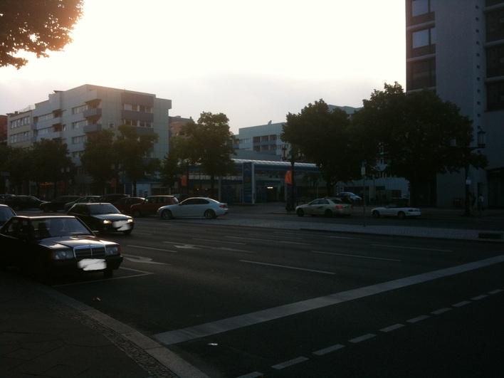 ARAL Tankstelle am Ernst-Reuter-Platz