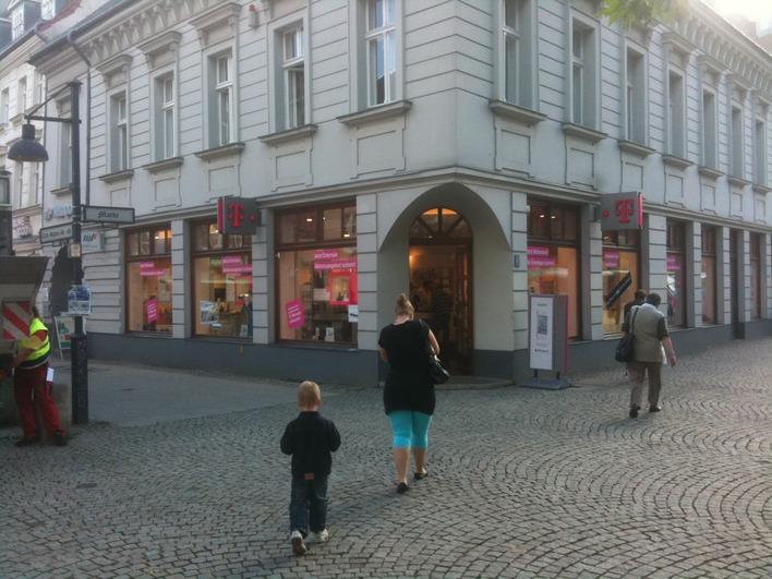 Telekom Shop - Carl-Schurz-Straße