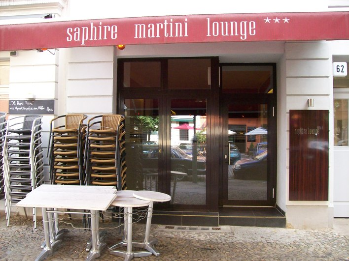 saphire martini lounge