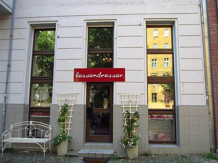 Besserdresser boutique in berlin prenzlauer berg kauperts for Zierfisch shop