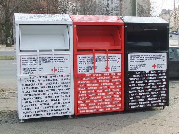 Altkleidercontainer in der Kreuzbergstraße