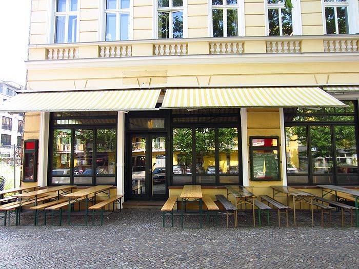 Scotch Sofa Bar In Berlin Prenzlauer Berg Kauperts