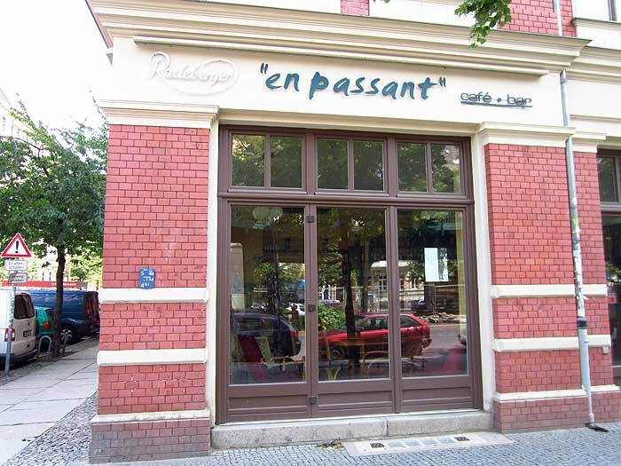 En Passant Caf U00e9 Cafe In Berlin Prenzlauer Berg KAUPERTS