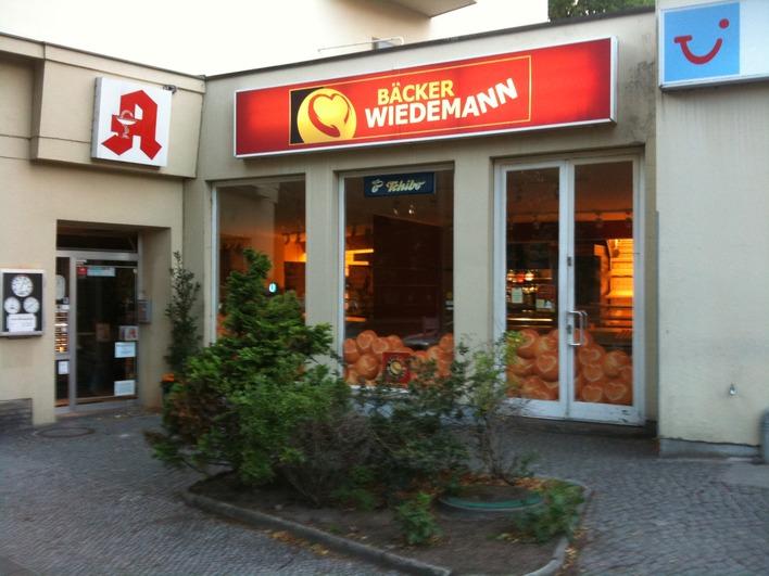 Bäcker Wiedemann in der Reichsstraße am Brixplatz