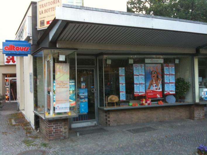Reisebüro am Brixplatz in der Reichsstraße